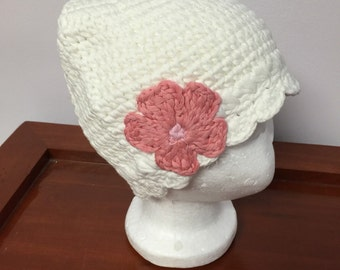 White beanie crochet hat with a flower