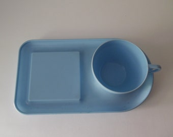 Vintage Bex Made in England Melamine picnicware/ Retro Picnic cup and tray.
