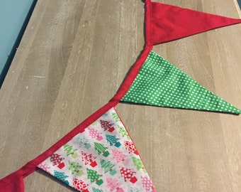 Christmas Fabric Bunting Decoration - Holiday Wall Hanging / Festive Bunting / Fabric garland / Fireplace Christmas Decoration