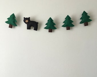 Woodland Bear and Tree Felt Garland
