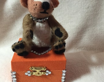 Needle felted bear with box
