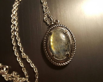 Antique styled labradorite pendant