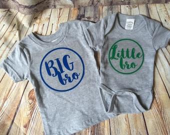 Big bro/Little bro shirt and onesie set