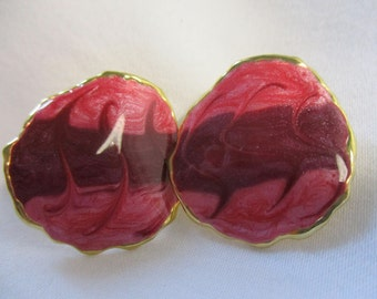 Vintage Enamel Pink and Gold Toned Earrings