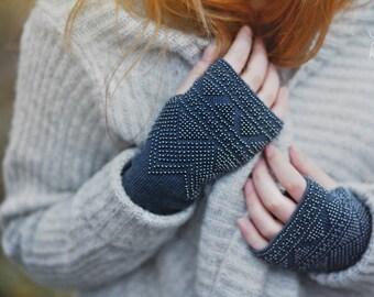 Luxe en acier bleu perlé mitaines / gants - réalisé sur commande