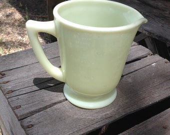 Marked McKee measuring pitcher 4 cups