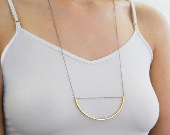 Geometric Pendant, Modern Necklace, Circle Necklace, Gold Necklace, Half Circle, Round Necklace, Chain Necklace, Simple Necklace, Statement