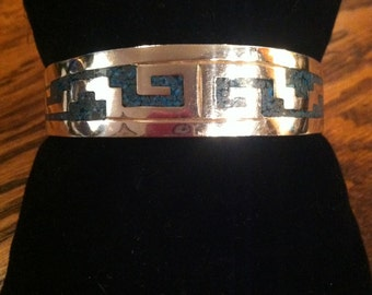 Very Fine Vintage Heavy Sterling Silver Inlaid Turquoise Bracelet