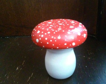 Toadstool Box