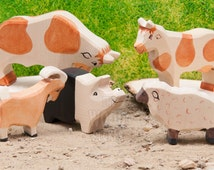 SALE! 20% Off - BIG Wooden Farm Toys, Waldorf, FARM Animals, Set of 5 , Bio Toy, pig, sheep, cow, Toys for Kids, Partyfavors for Boys Girls