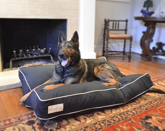 Black and White Dog Bed | Modern Pet Beds | Durable Dog Bed | Water Resistant | Washable Cover | Designer Pet Bed for home decor | S M L XL