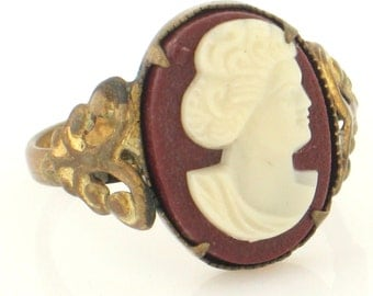Antique MADE IN CZECHOSLOVAKIA Lady Portrait Cameo Ring C1930