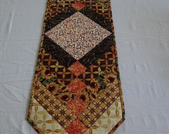 Brown/yellow French Braid Table Runner