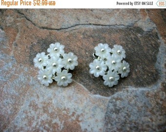 ON SALE Vintage CORO Garden Party Floral Earrings 70616