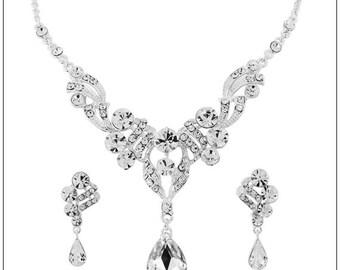 Crystal droplet Necklace set, Bridal Necklace set, Bridal accessories, Bridal Necklace, wedding accessories, bridal jewlery