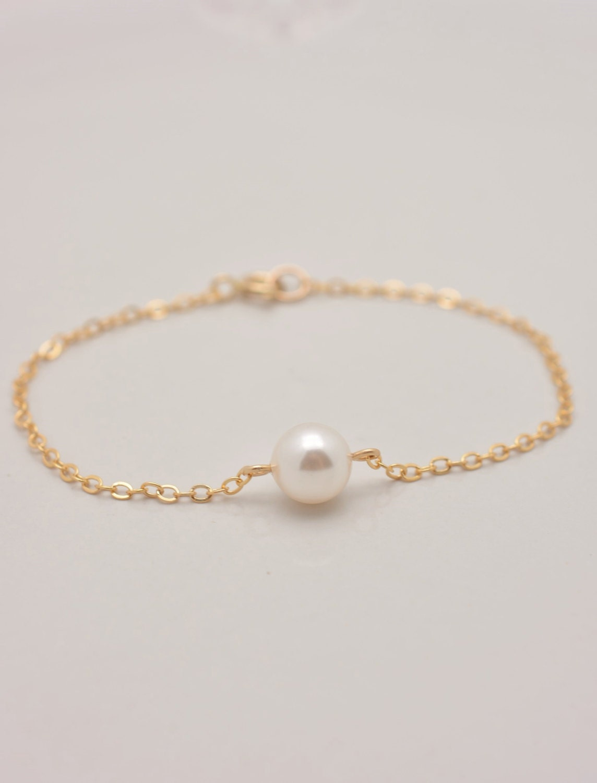 Bracelet In Gold, One Pearl 🔎zoom