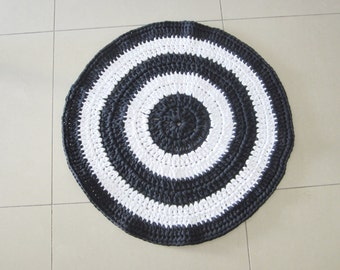 Crochet rug, yarn rug, blue navy and white rug, round rug, bedroom rug, ecofriendly rug, entrance rug, yarn round rug