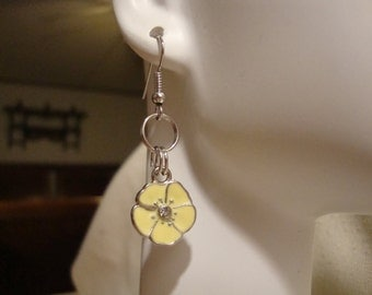 yellow flower earrings, flower earrings, yellow earrings, yellow flower jewelry, flower items, yellow flower, jewelry, earrings,flower(329)