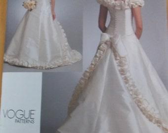 Sewing pattern Vogue 1095   size 12 to 16 dress