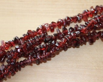 Garnet 6-8mm Untreated Rounded Chip Bead - Double Strand