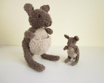 Pattern: Knit Kangaroo toys