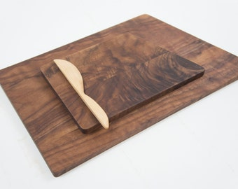 Walnut Cheese Board / Cutting Board