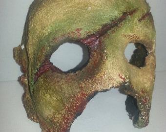 Decayed Half Mask