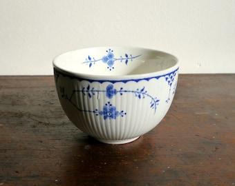 Vintage Furnivals 'Denmark Blue' Sugar Bowl