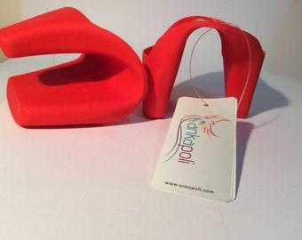 Silicone Oven Mitt // Kids + Adults Red Silicone Kitchen Glove // Easy Grip Mitt