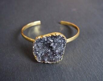 Druzy Stone Bracelet // Single stone bracelet // Blue druzy Stone