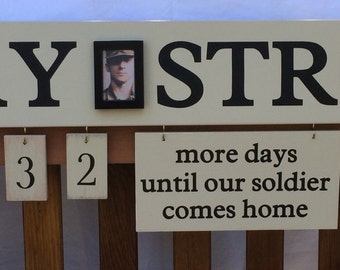 Military countdown sign