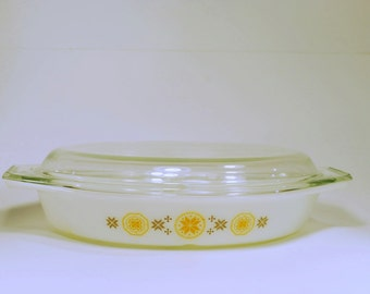 Vintage Pyrex Town and Country Divided Dish***SALE***