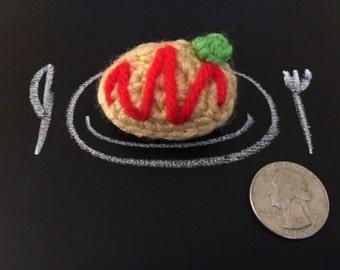 Crochet Omurice Brooch