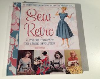 Items similar to Sew Retro: Wonderful Vintage Sewing Book ...