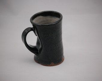 Squish Mug in Black