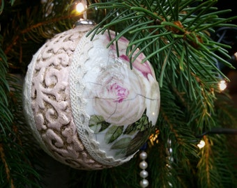 Sold!! Vintage/Shabby Chic/ Christmas Ornament / Decoration / Bauble