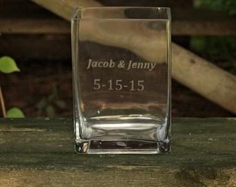 Etched Glass Vase / Personalized Wedding Vase / Custom Wedding Vase / Wedding Date Vase / Square Vase / Wedding Gift / Christmas Gift