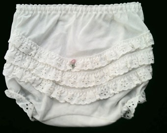 White ruffled diaper cover adorable 80's cotton blend