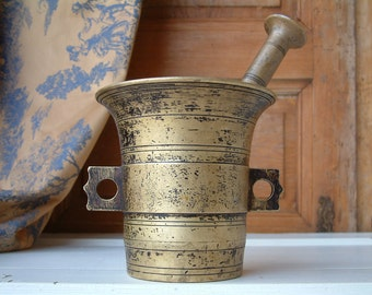 Antique french solid bronze large mortar and pestle. Antique apothecary large mortar and pestal. French kitchen mortar and pestle