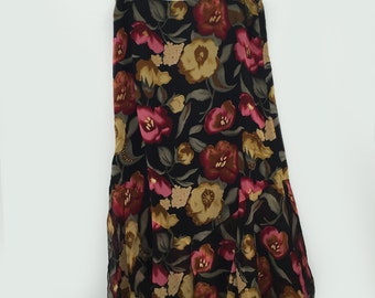 Asymmetric 90s Floral Slit Skirt by Romerecci