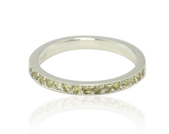 August Birthstone Ring - 50% off - Genuine Peridot and Sterling Silver Stacking Ring - OFFERS CONSIDERED - LS572-1