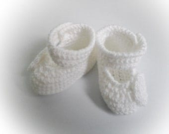 Crochet Baby Booties, White Crochet Baby Girl Booties With Side Straps and Flower Buttons, Christening Booties