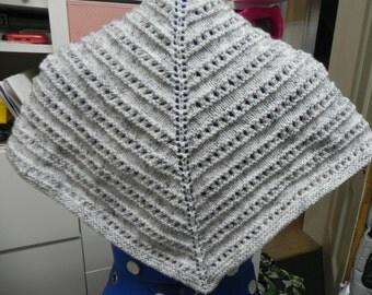 Grey scarf/shawl