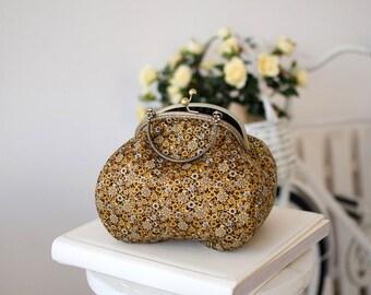 Golden purse clutch/Elegant vintage purce with bronze frame/Formal purse/Kisslock