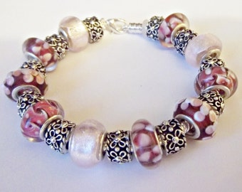 SALE_EUROPEAN Style PINK Red Charm Silver Plated Bracelet 7.75 inches Murano Style Glass 21 beads  G3