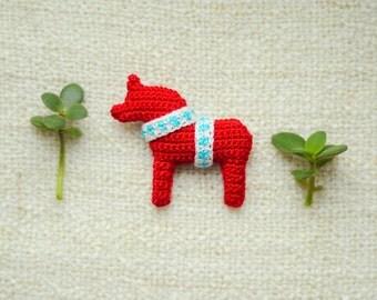 Dala dalecarlian horse crochet amigurumi brooch swedish