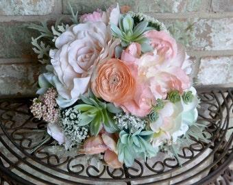 Peach & Mint  Succulent Bouquet