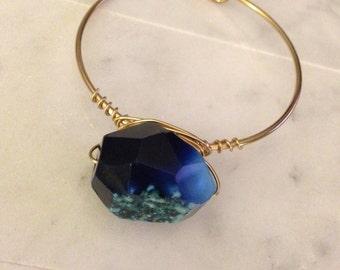Blue Agate Stone Wired Bracelet