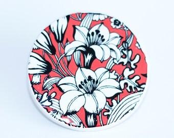 Ceramic Brooch Valencia Chintz