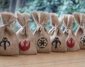 "Small Hessian Burlap Star Wars Rebel Alliance Imperial Crest Boba Fett Mandalorian Skull Sci-Fi Geek Wedding Favour Bags W9xH15cm(3.5"" x 6"")"